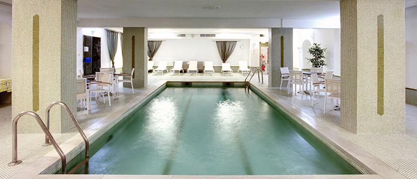 Hotel Tyrol & Alpenhof, Seefeld, Austria - Indoor pool.jpg